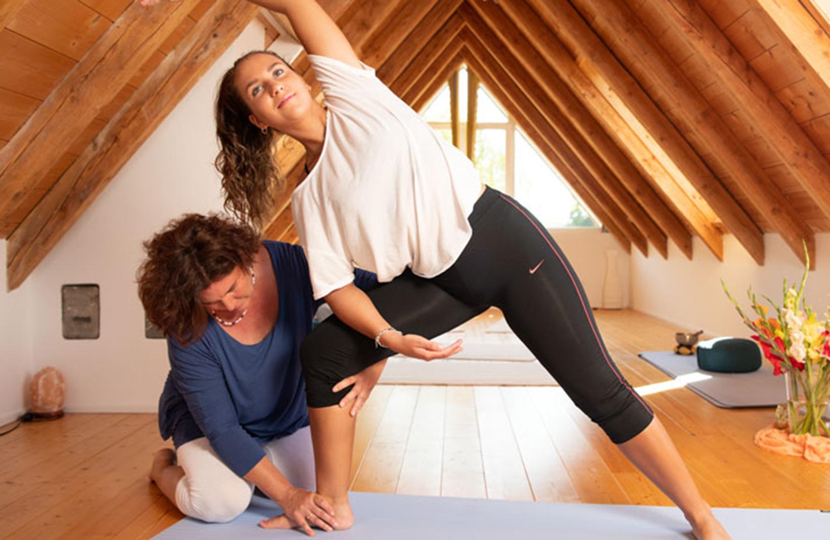 Yoga in der Praxis am Seeufer | Breitbrunn am Ammersee